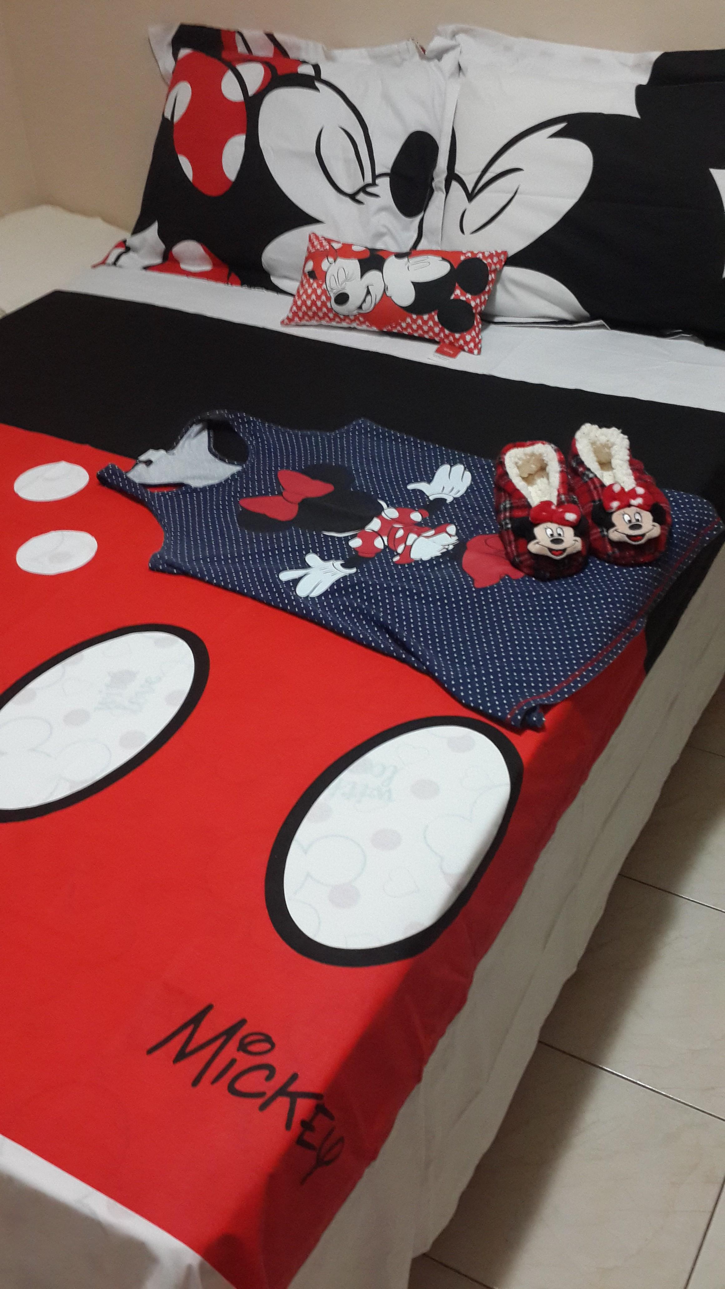 e9603ea279 ... jogo de cama LINDO da Disney e precisava compartilhar! ♥♥♥♥♥. ♥♥♥♥♥